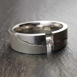 Sidabrinis žiedas su cirkoniu 19,2 mm