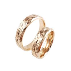 Raudono aukso vestuviniai žiedai graviruotu paviršiumi